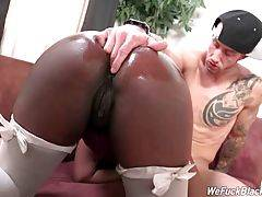 Big bottomed ebony chick Skyler Nicole slurps Chris Strokes` shaft.