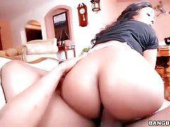 Big Bottomed Black Chick Loves Anal 2